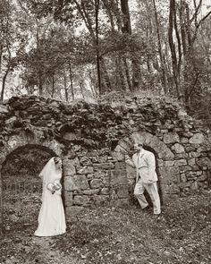 Bride and Groom at Moonstone Manor  Outside Wedding Photos  The Blog : Julia Conroy Photography, Inc.