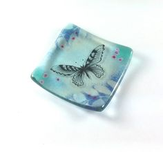 A beautiful dish which can be used for rings, earrings or just admired as a little piece of art. Fused glass, with a vivid green, purple and hand-painted butterfly. Each piece I make is completely unique. Kiln Formed Glass, Fused Glass, Blown Glass, Ring Dish, Art Pieces, Butterfly, Hand Painted, Dishes, Purple