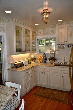 Tiny French Country Kitchen - traditional - spaces - sacramento - juliom