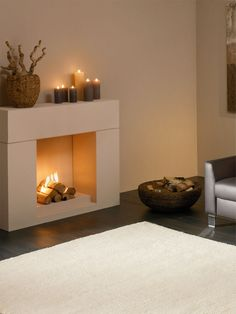 Fireplaces without smoke extraction For many people, an evening in front of the fireplace is the epitome of cosiness. Brick Fireplace Makeover, Home Fireplace, Faux Fireplace, Modern Fireplace, Fireplace Mantels, Diy Bedroom Decor, Living Room Decor, Home Decor, Ideas Decoracion Navidad