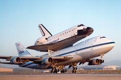 Space Shuttle und Boeing 747