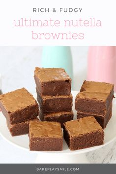 One Bowl Rich and Fudgy Chocolate Nutella Brownies - Bake Play Smile Nutella Brownies, No Bake Brownies, Yummy Treats, Delicious Desserts, Sweet Treats, Lunch Box Recipes, Lunchbox Ideas, Bar Recipes, Dessert Recipes