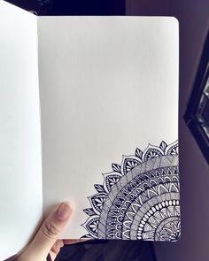 Easy Mandala Drawing, Simple Mandala, Mandala Art Lesson, Mandalas Drawing, Wallpaper Colour, Wallpaper Flower, Pattern Leaf, Pattern Baby, Urban Threads
