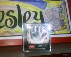 Simply Mom: Play Ball - if you are having a baby that is going to be a ball player - get their hand print on a ball when they are born! Baby Boy Rooms, Baby Boy Nurseries, Babies Nursery, Kids Rooms, Vintage Baseball Nursery, Baby Baseball, Nursery Themes, Themed Nursery, Nursery Ideas