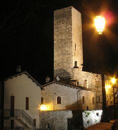 La bellissima città di Ascoli Piceno e le sue torri.