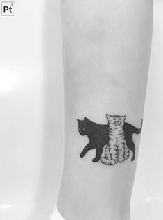 cats pointillism tattoo More #CatTattoo