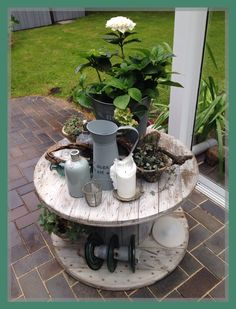DIY Cable Drum - Do it yourself decoration Diy Cable Spool Table, Wooden Spool Tables, Wood Spool, Wooden Cable Reel, Wooden Cable Spools, Wood Trellis, Outdoor Projects, Outdoor Decor, Diy Projects