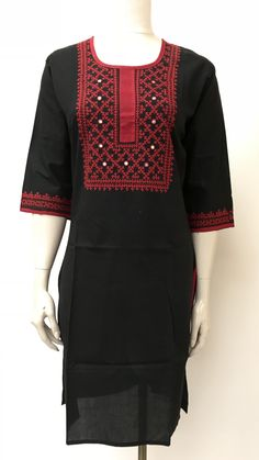 Sindhi Hand Embroidered Kurta Embroidery Suits Punjabi, Embroidery On Kurtis, Kurti Embroidery Design, Embroidery Neck Designs, Embroidery Fashion, Embroidery Dress, Silk Kurti Designs, Blouse Designs, Sindhi Dress