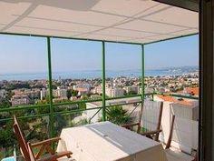 Weer een tevreden klant met een ZONZ sunsails maatwerk schaduwdoek voor zijn balkon in Frankrijk!  Ook een maatwerk schaduwdoek? Ga naar https://www.zonz.nl/maatwerk-schaduwdoek-en-zonnezeil