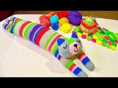 GATO COJIN TEJIDO A CROCHET PASO A PASO - YouTube Crochet Dragon, Crochet Cross, Crochet Home, Crochet For Kids, Crochet Dolls Free Patterns, Crochet Videos, Crochet Animals, Stuffed Toys Patterns, Crochet Projects