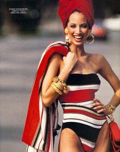 Vogue US April 1990 Model: Christy Turlington ph: Patrick Demarchelier // Colourblock swimsuit 90s Fashion, Retro Fashion, Trendy Fashion, Fashion Models, Vintage Fashion, High Fashion, Vogue Fashion, Patrick Demarchelier, Christy Turlington