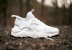 The ultimate summer sneaker is here. Introducing the new all-white edition of the Nike Air Huarache Ultra. The clean and pristine modified edition of the classic Air Huarache runner featuring a cored-out sole unit and modernized upper gets even more … Continue reading →
