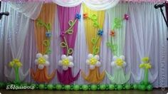 Flores Fall Window Decorations, Backdrop Decorations, School Decorations, Balloon Decorations, Birthday Decorations, Backdrops, Art Activities For Toddlers, Spring Activities, Diy And Crafts