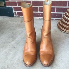 {Frye} Beautiful Boots Amazing mid calf, and well made boots from Frye. Has normal signs of scuff  but not too noticeable. In excellent used condition. Perfect to pair with skinny jeans. Frye Shoes