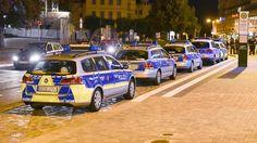 Auch Polizei attackiert: Krawalle zwischen Rechten und Flüchtlingen