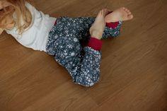 Kinder-Jogginghose LENI made by @ronimo Pajamas, Pajama Pants, Baby, Fashion, Sweat Pants, Sleep Pants, Fashion Styles, Babys, Infant