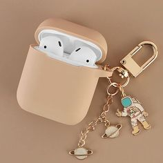 Iphone 11 Discover Cosmic Astronaut Spaceman Silicone Case for Apple Airpods 1 2 Accessories Case Protective Cover Bag Box Earphone Case Key ring - High quality 5 Fone Apple, Apple Airpods 2, Cute Ipod Cases, Iphone Cases, Cute Headphones, Accessoires Iphone, Earphone Case, Accesorios Casual, Phone Cases