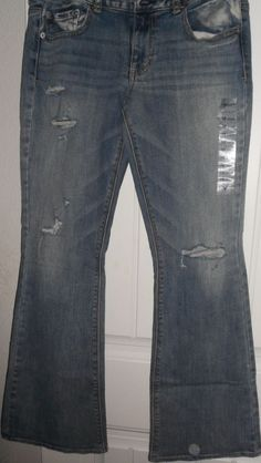 American Eagle Artist Stretch Jeans Juniors Size 10 & 12 NWT  Offers Welcomed!!!