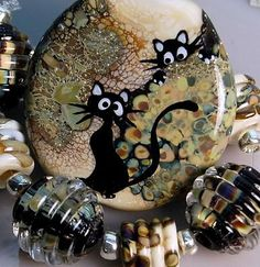 TRIZAS-ORIGINAL Handmade glass lampwork focal bead (8) - Cats - TOS0155 SRA