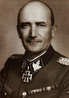 """SS-Gruf. und GenLt der Waffen-SS Fritz von Scholz Edler von RARANCZE (9 Dec 1896 – 28 Jul 1944) wounded in artillery barrage, died the next day. Knight's Cross on 18 Jan 1942 as SS-Obf and commander of SS-Reg""""Nordland""""; 423rd Oak Leaves on 12 Mar as SS-Brigf. and GenMaj of the Waffen-SS and commander of the 11. SS-Freiwilligen-Panzergrenadier-Div """"Nordland""""; 85th Swords on 8 Aug 1944 (posthumously) as SS-Grupf. and GenLt of the Waffen-SS and commander of the 11. SS-Panzergrenadier-Div…"""