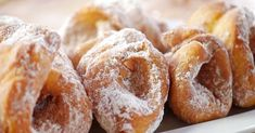 Cimetkrofni | egy.hu Hungarian Recipes, Doughnut, Bread, Food, Brot, Essen, Baking, Meals, Breads