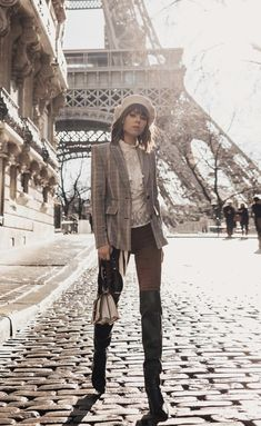 Spring Summer Fashion, Autumn Winter Fashion, Work Outfits, Cute Outfits, Classy Girl, Checked Blazer, Street Chic, Beautiful World, Knee High Boots