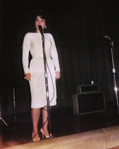 Reliving The Final Moments In The Life Of Country Legend Patsy Cline Country Music Artists, Country Music Stars, Country Singers, Patsy Cline, Loretta Lynn, Great Women, Beautiful Voice, The Life, What's Life