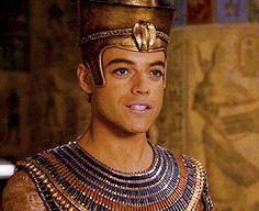 you ran into the night — Rami Malek gif hunt; Rami Said Malek, Rami Malek, Mummy Movie, Ancient Egypt History, Night At The Museum, Dan Stevens, Mr Robot, Roman Polanski, Lady And Gentlemen