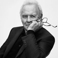Anthony Hopkins- the amazing man Hollywood Men, Golden Age Of Hollywood, Foto Face, Sir Anthony Hopkins, Actor Studio, Annie Leibovitz, My Philosophy, First Daughter, Held