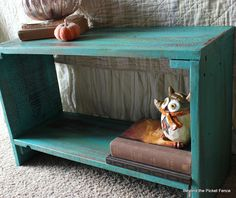 Beyond The Picket Fence: Wonderful Wood Scrap Table