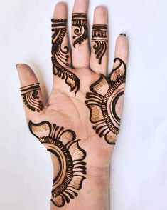 This time we are sharing with you our Best and Latest Flower Mehndi Designs which are purely different from others these Designs are from the Best of the Best Mehndi Artists. Henna Hand Designs, Very Simple Mehndi Designs, Mehndi Designs Finger, Mehndi Designs For Kids, Stylish Mehndi Designs, Mehndi Designs For Beginners, Mehndi Design Photos, Beautiful Henna Designs, Latest Mehndi Designs