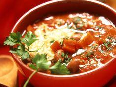 Tomaten-Bohnensuppe ist ein Rezept mit frischen Zutaten aus der Kategorie Fruchtgemüse. Probieren Sie dieses und weitere Rezepte von EAT SMARTER!