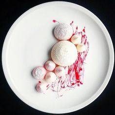 Pavlova lemon meringue raspberry candy threads by @whistler_personalchef  Tag your best plating pictures with #armyofchefs to get featured.   #Pavlova #lemon #meringue #raspberry #dessert #patisserie #plating #chefs