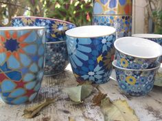 Boite avec 2 mugs porcelaine bleu aux motifs orientaux - Oranjade