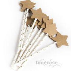 DIY princess magic wands, paper straws and star-tags from www. Princess Wands, Princess Tea Party, Princess Birthday, Pig Birthday, Birthday Party Themes, Star Wand, Diy Wand, Cookie Packaging, Paper Stars