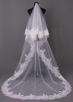 Floor Length 2T Bridal Veil with Applique Lace