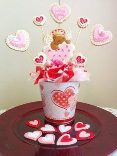 Looking for cake decorating project inspiration? Check out cupid in love! by member paola3509054. - via @Craftsy