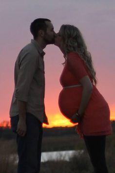 Maternity photo, texas sunset, outdoor maternity photography