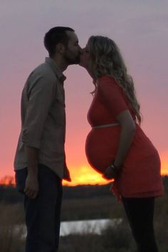 Maternity photo, texas sunset, outdoor maternity photography