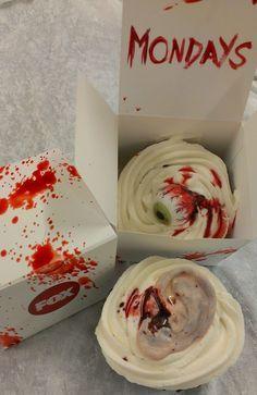 "THEWALKING DEAD CUPCAKES | FOX Press Kit - ""The Walking Dead"" Cupcakes"