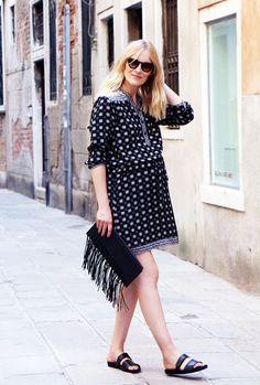 Marie Hindkær Andersen // BlameItOnFashion// Maternity Style ///printed long sleeve tunic dress