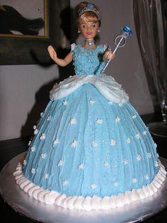 Myla's Cinderella cake
