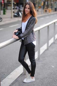 16 Best I Love Converse images Mode, Comment porter, Mon style  Fashion, How to wear, My style