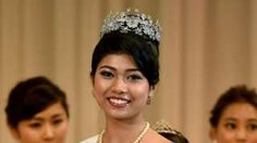 """Image copyright                  AFP Image caption                                      Priyanka Yoshikawa, cuyo padre es originario de India, fue elegida como la Miss Japón 2016.                                """"Hubo un tiempo de niña cuando me sentía confundida sobre mi identidad"""", confiesa Priyanka Yoshikawa. Creía que todos a su alrededor pensaban que era """"un bicho"""" por ser de raza mixta, o """"haafu"""", una pa"""