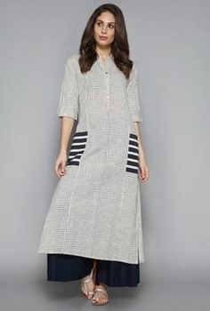 Utsa by Westside Indigo Checks Kurta Pakistani Dresses, Indian Dresses, Indian Outfits, Kurta Patterns, Dress Patterns, Kurta Designs, Blouse Designs, Ethnic Fashion, Indian Fashion