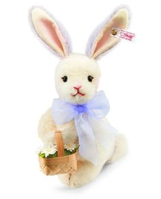 The Steiff Daisy the springtime Bunny is a must for any collection. Made with the brass plated button in ear. Add her just in time for Easter!