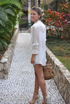 glam4you - nati vozza - colar prada - prada necklace - rose - camisa branca - shirt - look - blog - look of the day - short tie dye -