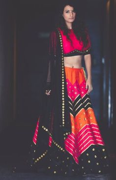 Find top amazing chevron pattern lehenga designs for weddings. Beautiful Chevron Lehenga designs for brides and bridesmaids must check out once. Women's Dresses, Indian Dresses, Indian Outfits, Party Dresses, Fashion Dresses, Choli Designs, Lehenga Designs, Blouse Designs, Red Lehenga