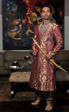 The Royal Indian Groom.. Looks for the Groom groomwear, groom outfit, indian groom, groom wear, sword