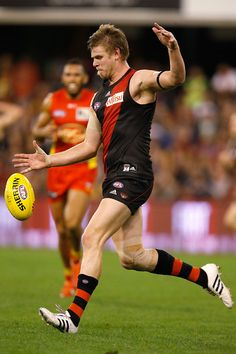 Essendon Football Club, Male Athletes, Athletic Men, Stephen Curry, Sport Man, Hurley, Gold Coast, Rugby, Muscles